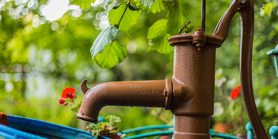 井戸水を導入するときの注意点とは?
