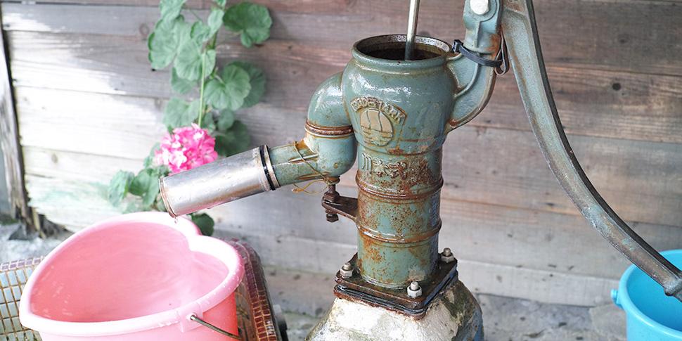 井戸水は水あか汚れがつきやすい? 掃除のコツと予防法